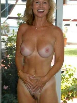 beautiful mature girlfriend nude photos