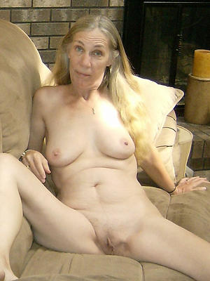 beautiful naked superannuated grandma porn pics