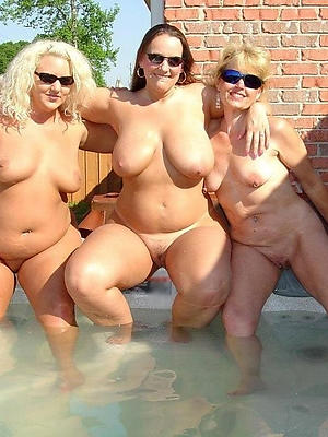 hotties beautiful mature auntie