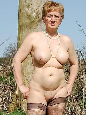 porn pics of mature european column