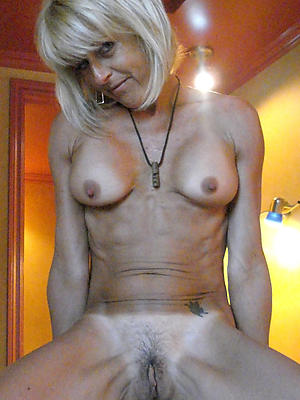 fantastic blonde mature defoliated pics