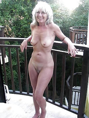 beauties blonde mature undressed homemade pics