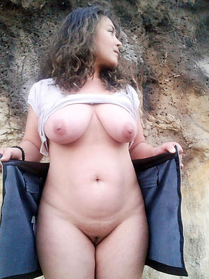 naked grown-up women sexy stripped
