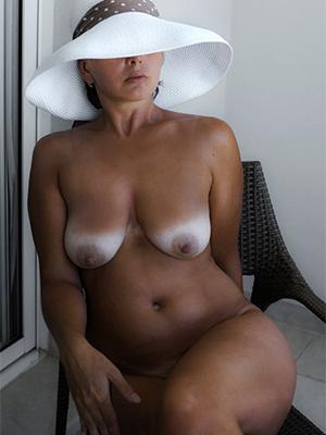 super-sexy classic mature nude pics