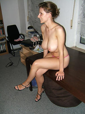 mature in heels stripped