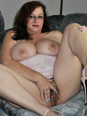 fall short of mature in heels homemade porn pics