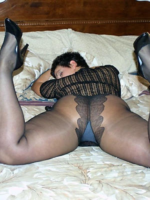 gorgeous mature ladies in pantyhose homemade porn