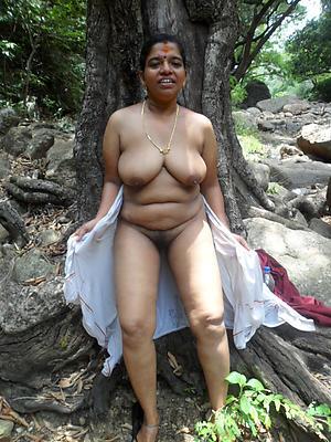 spectacular mature indian battalion nude pics