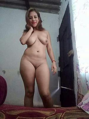 beautiful mature latina pussy pics
