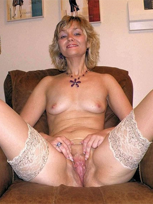 hotties of age pussy moms porn pics