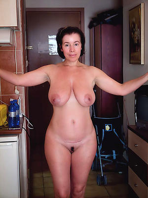 slutty real mature woman pics