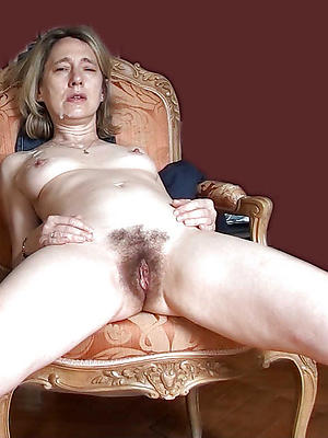 naughty unshaved full-grown pussy porn pics