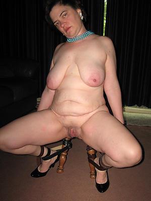 nude full-grown white women stripped