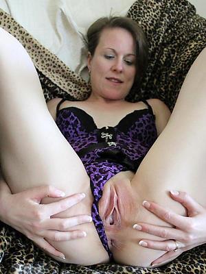 beauties mature shaved vagina porn photos