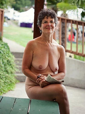 gorgeous mature tits outdoors