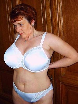 splendid mature women lingerie