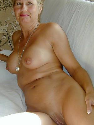beautiful mature hot women porn photo