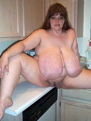 Mature milf seduces young house wife