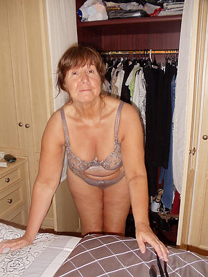 hot grandma posing undress
