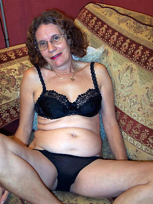 grandmas easy porn stripped