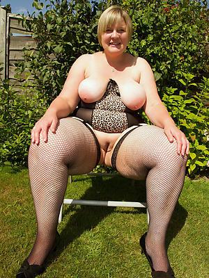 chubby mature xxx