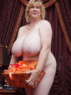 free pics of chubby mature wives