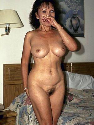 porn pics of full-grown hairy landowners
