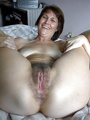 wonderful mature hairy porn pictures