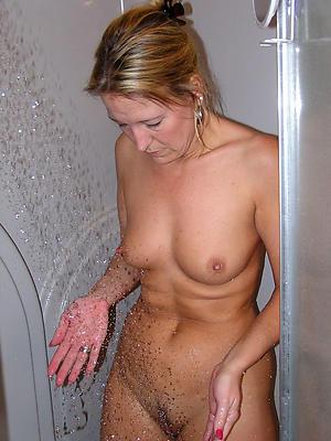 fantastic milf shower porn gallery
