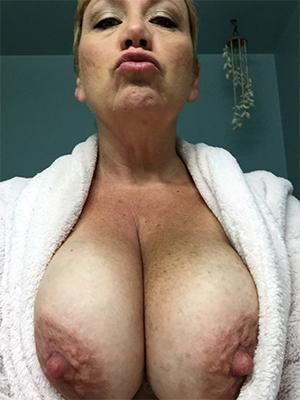 mature nipple porn
