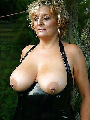 beautiful matured lady boobs hatless photo