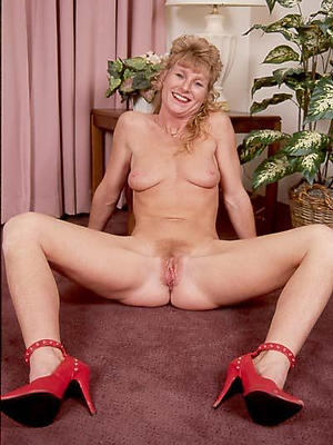 xxx vintage mature women exposed pics