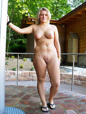 homemade mature slut wives stripped