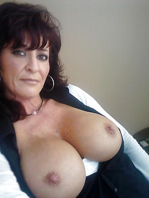 free pics of mature moms pussy