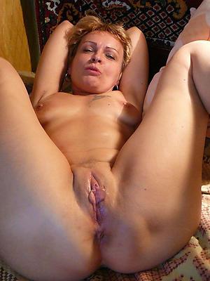 fantastic hot mature wifes nude pic