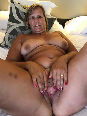 lovely hot of age wifes porn pics