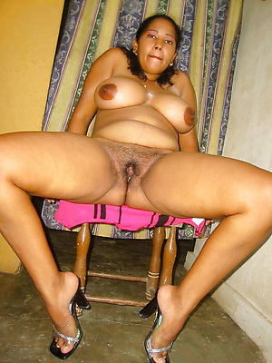 beautiful mature ebony pics