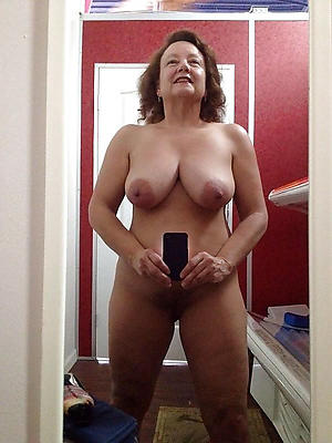 comely free mature mobile porn pics
