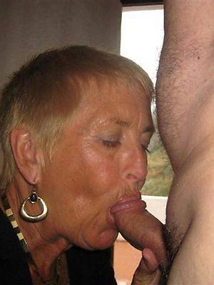 mature milf blowjob hatless