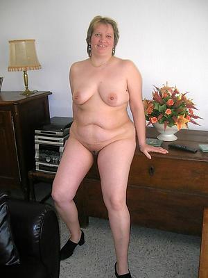 porn pics of solo mature orgasm