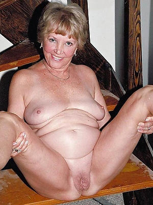 mature blistering woman stripped