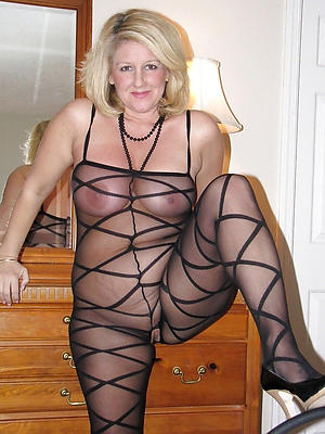 crazy mature women in nylons porn pictures