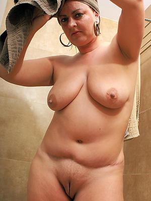 Bohemian pics of busty mature shower