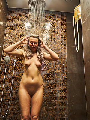 gorgeous matured women in the shower photo