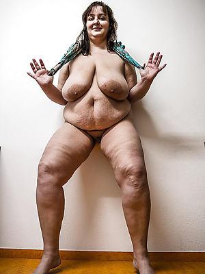 mature nude bbw