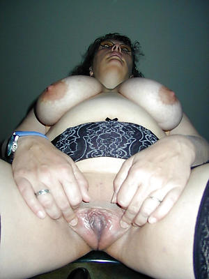 fat mature woman stripped