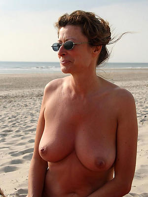 naked mature beach love porn