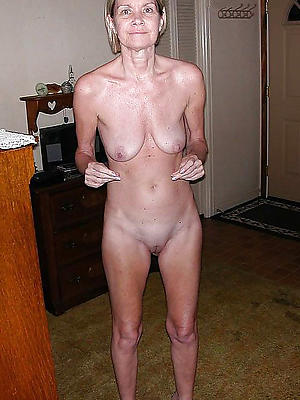 xxx of age saggy breast