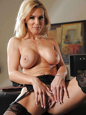 beauties mature sex over 50 pictures