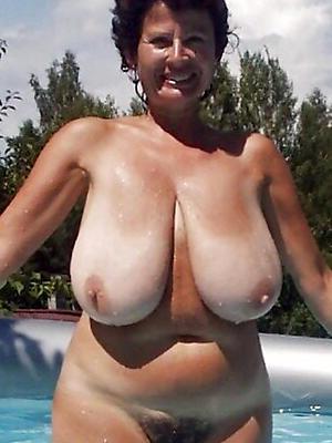 mature beamy natural tits barren